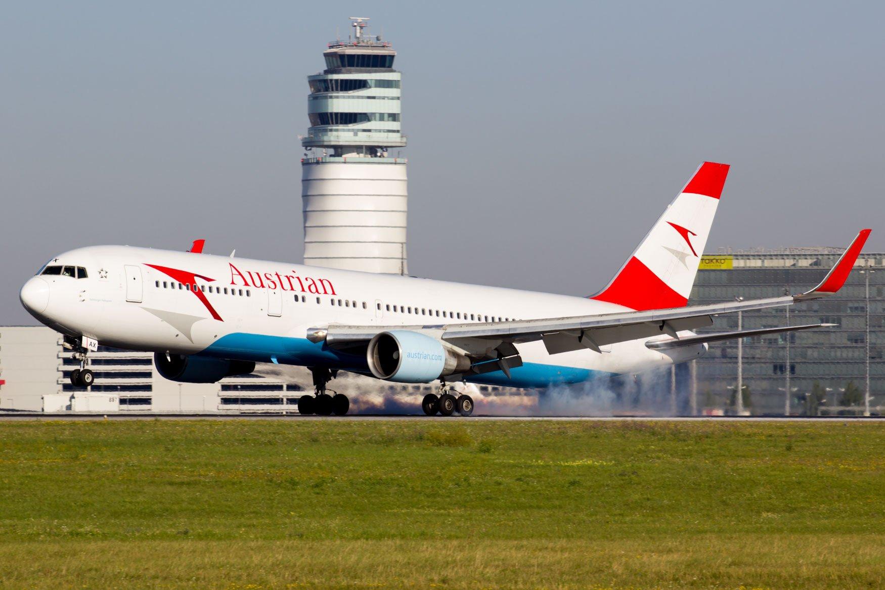 Vienna Airport Runway 16 Spotting Location