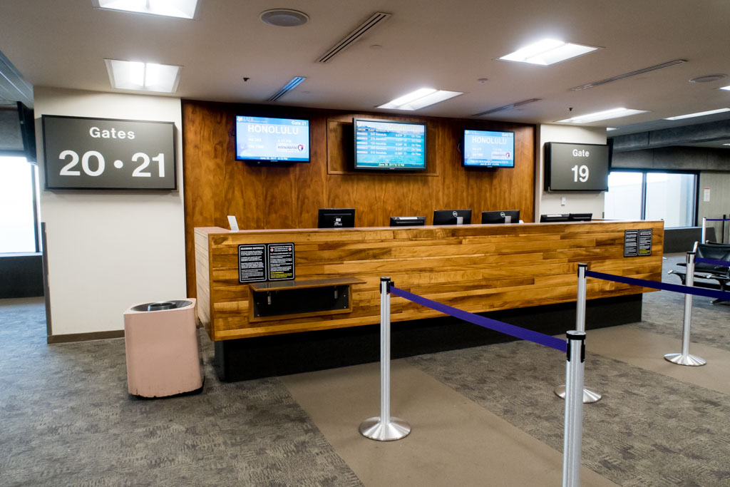 Kahului Airport Gate 20