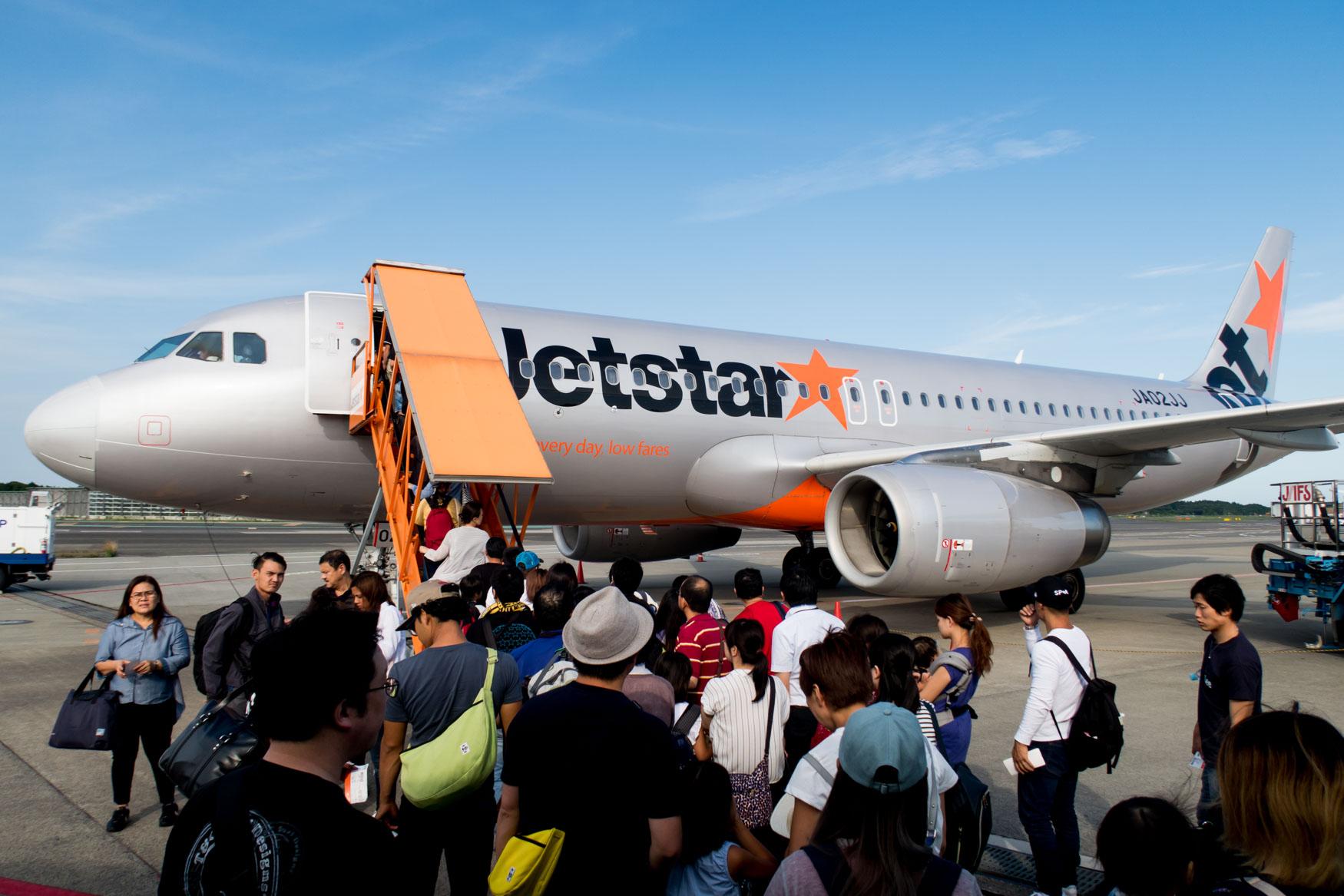 Boarding Jetstar Flight from Tokyo to Sapporo