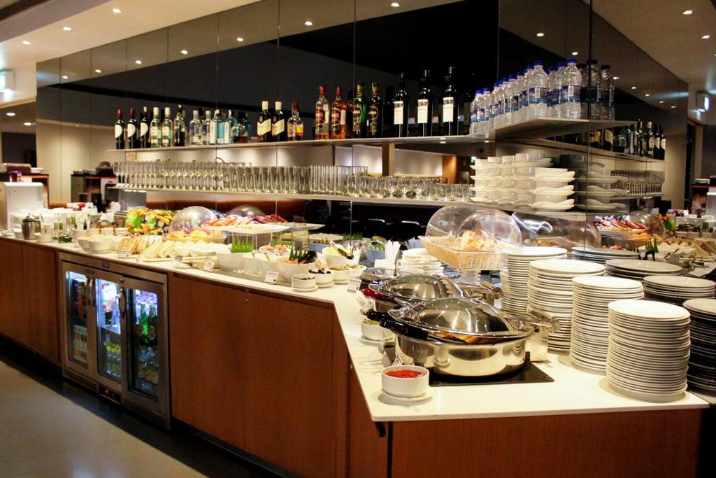 Lufthansa Lounge Delhi Buffet Spread