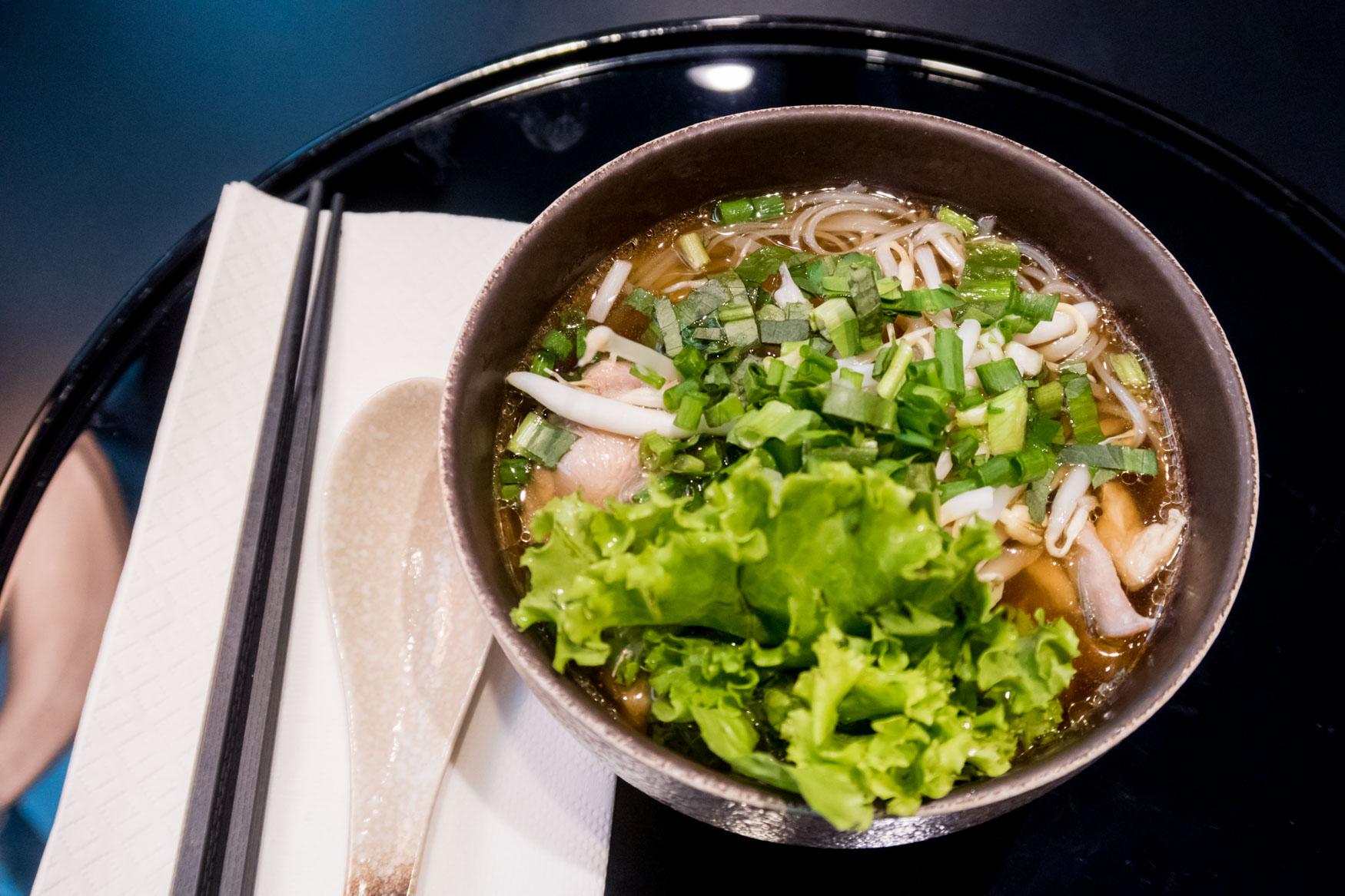 Cathay Pacific Lounge Bangkok Noodles