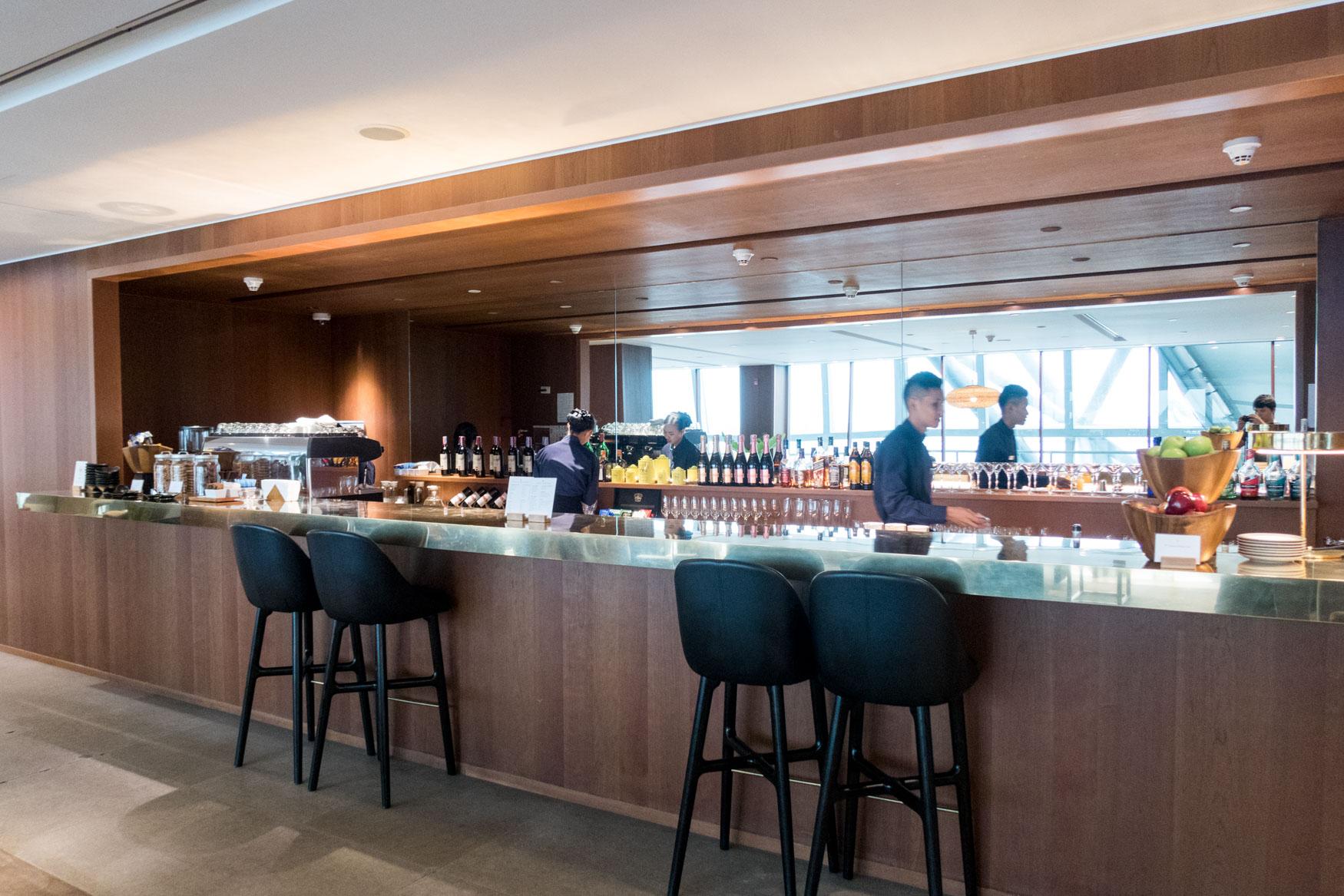 Cathay Pacific Lounge Bangkok The Bar