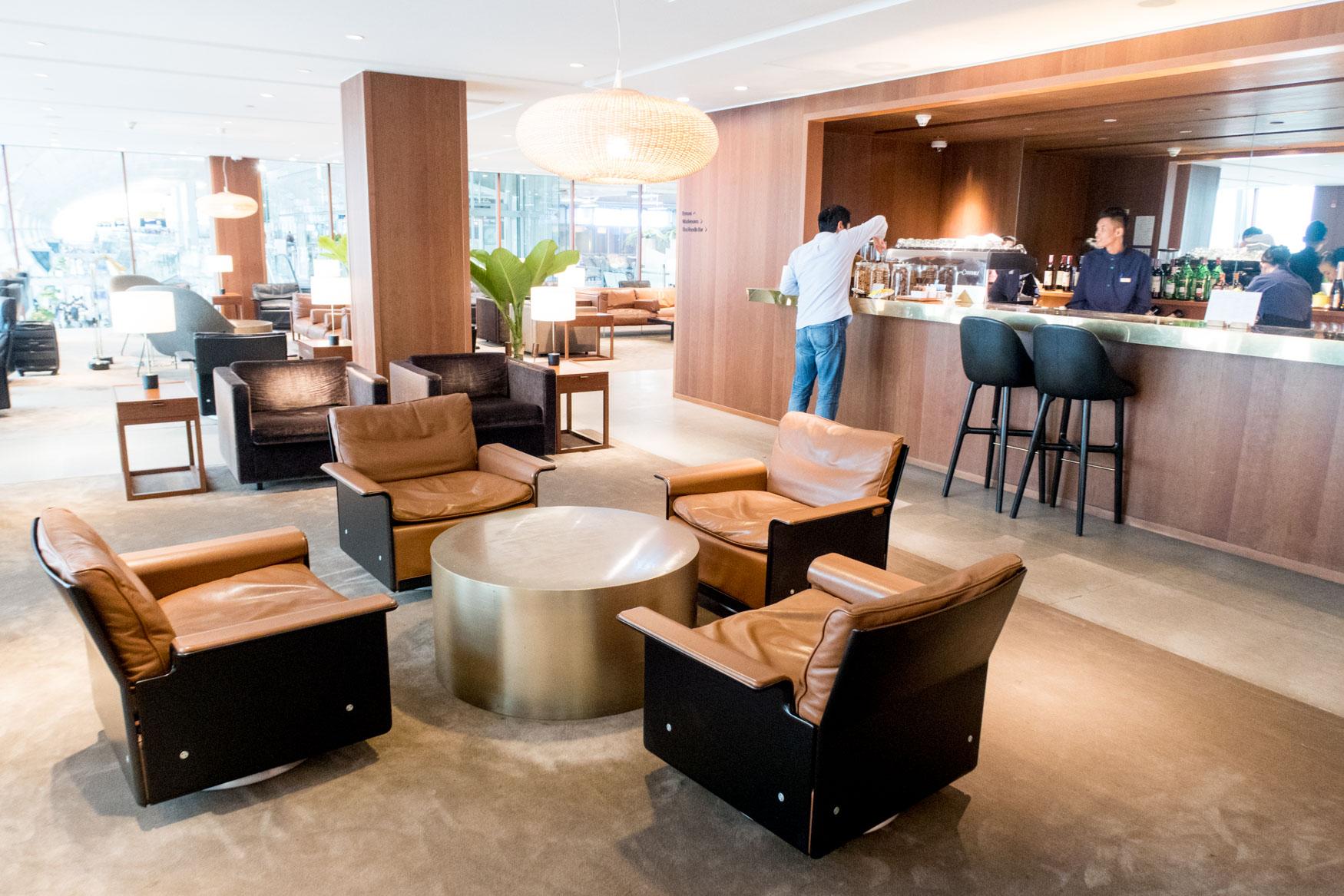Cathay Pacific Lounge Bangkok Seating