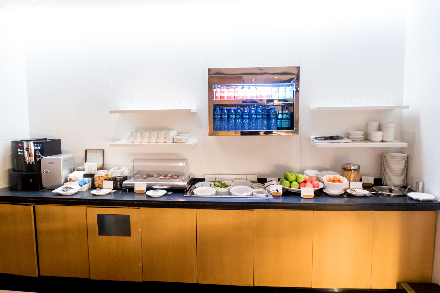 """Cathay Pacific """"The Arrival"""" Buffet"""