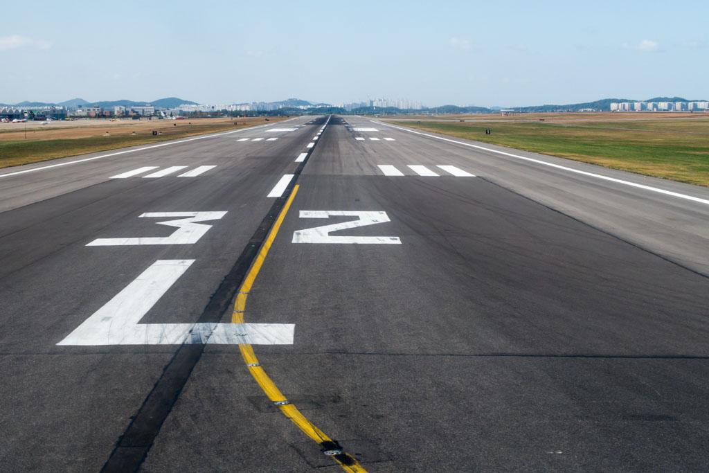 Seoul Gimpo Runway 32L