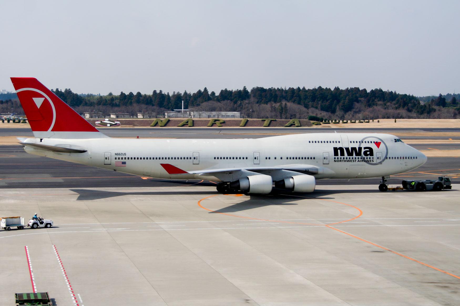 Northwest Airlines Boeing 747-400