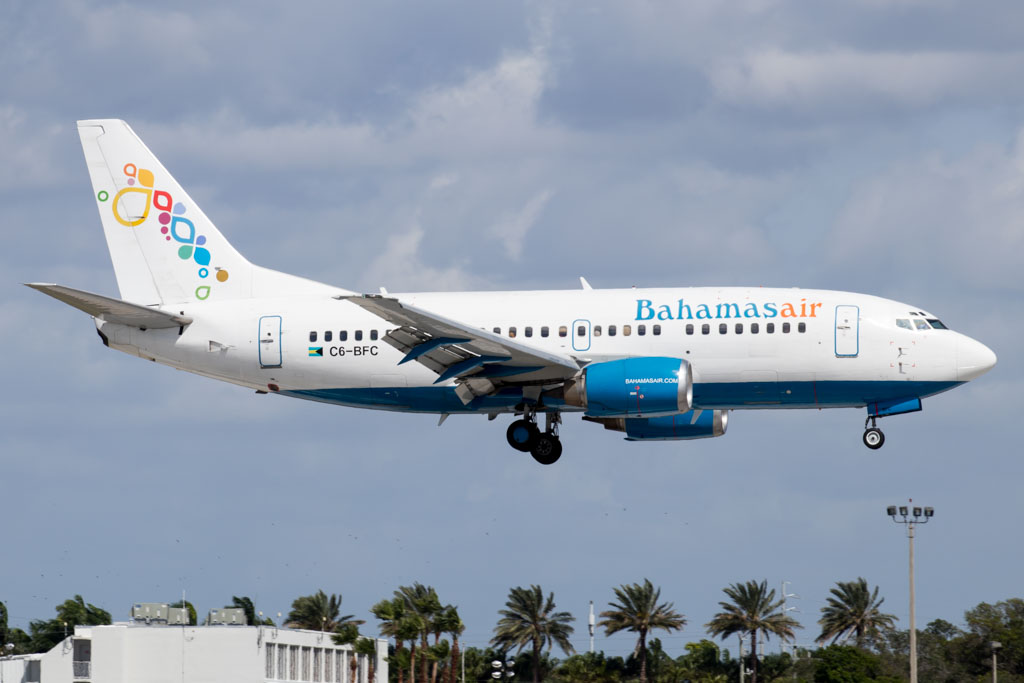 Bahamasair Boeing 737-500