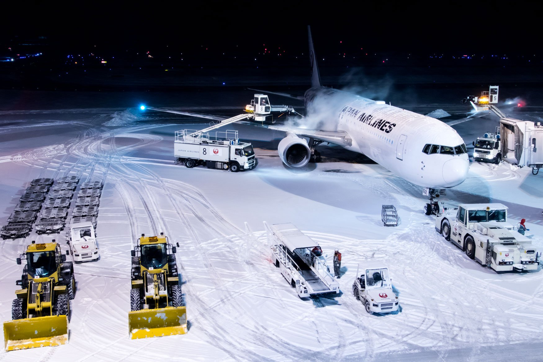 JAL Boeing 767-300