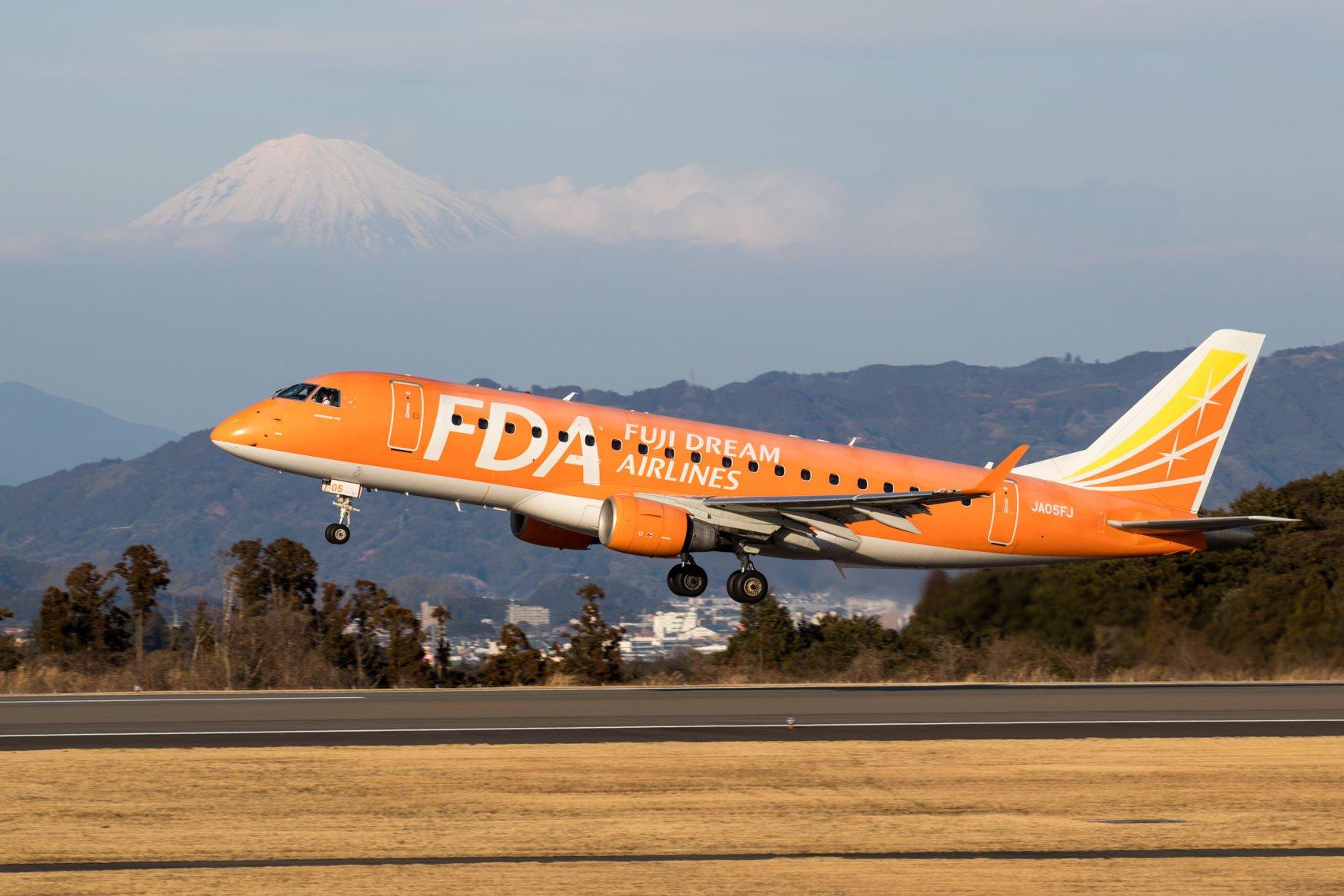 Fuji Dream Airlines Embraer ERJ-170
