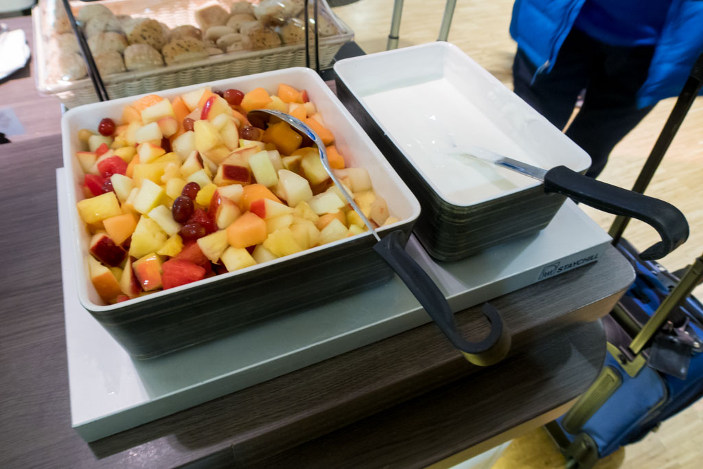 Fruit Salad & Yogurt