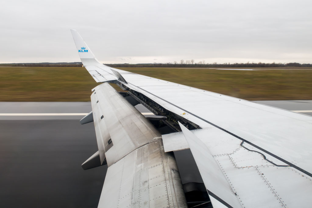 Braking on Runway 34 at Vienna Airport