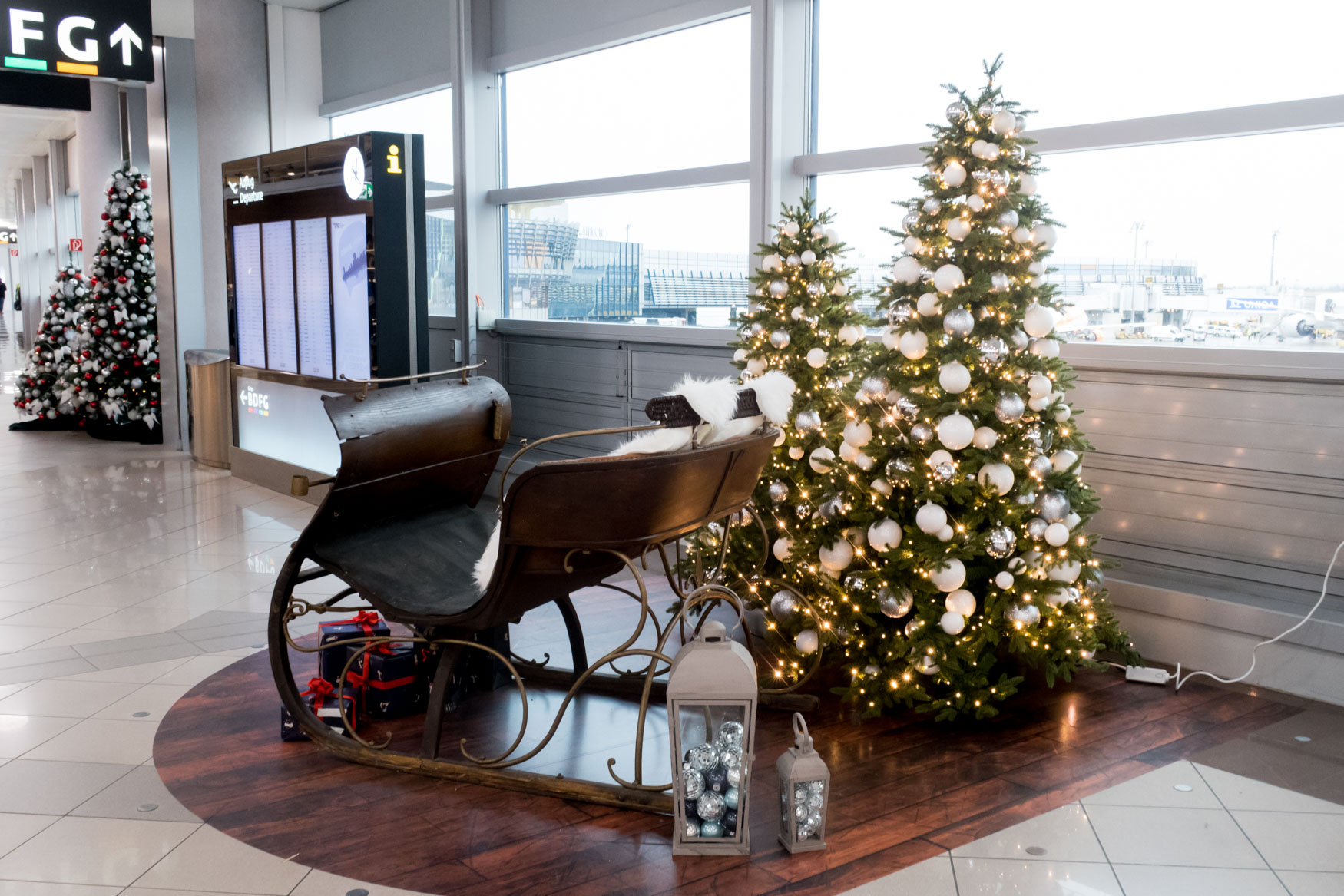 Christmas Decorations at Vienna Airport