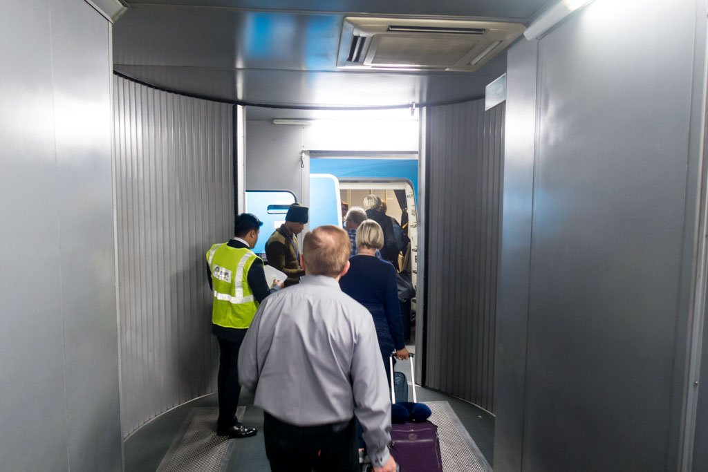 Boarding KLM 777-300ER