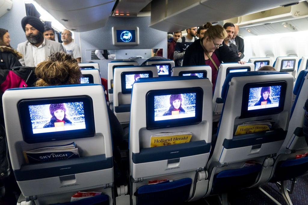 KLM 777-300ER Economy Class Cabin