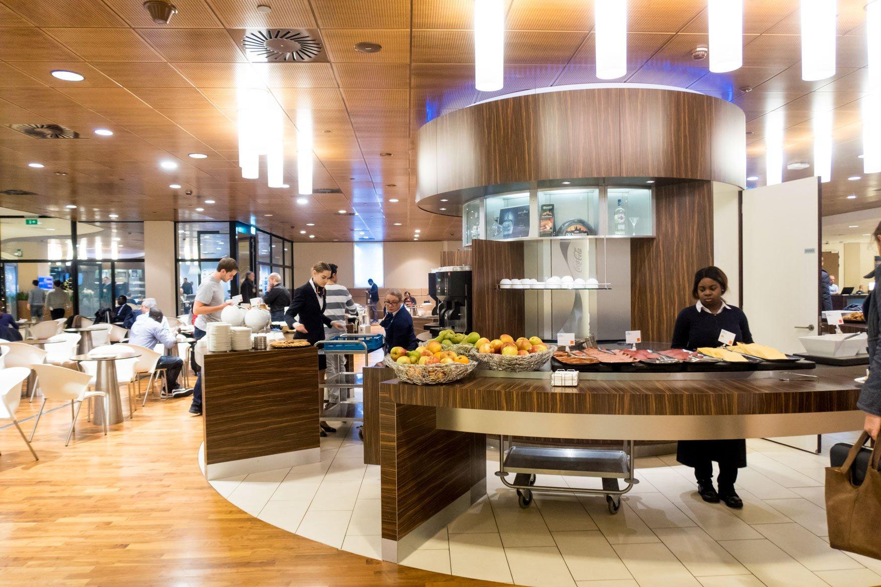 KLM Crown Lounge Amsterdam Buffet