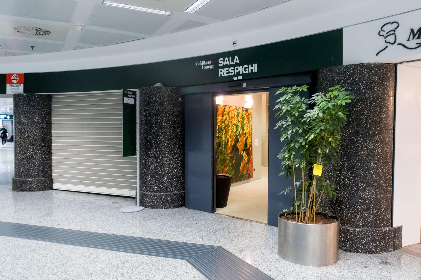 Club S.E.A. Sala Respighi Milan Malpensa Entrance