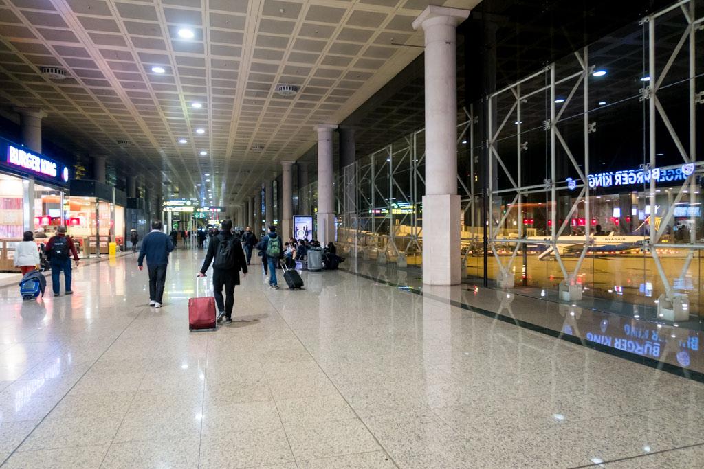 Barcelona Airport Ryanair Terminal