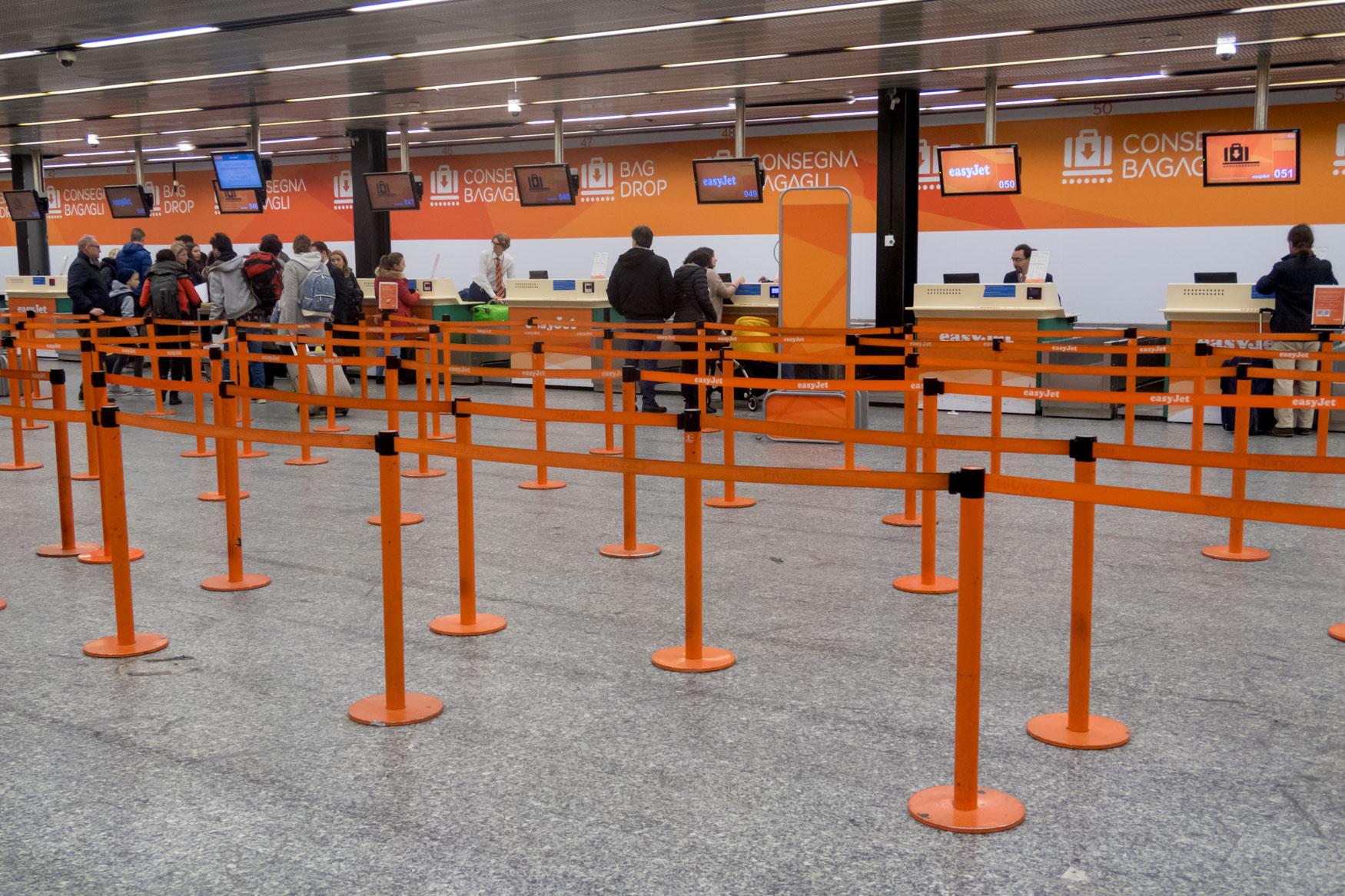 easyJet Check-in Desks at Malpensa Terminal 2