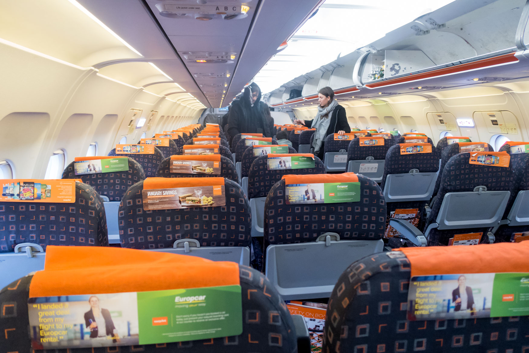 easyJet Airbus A319 Cabin