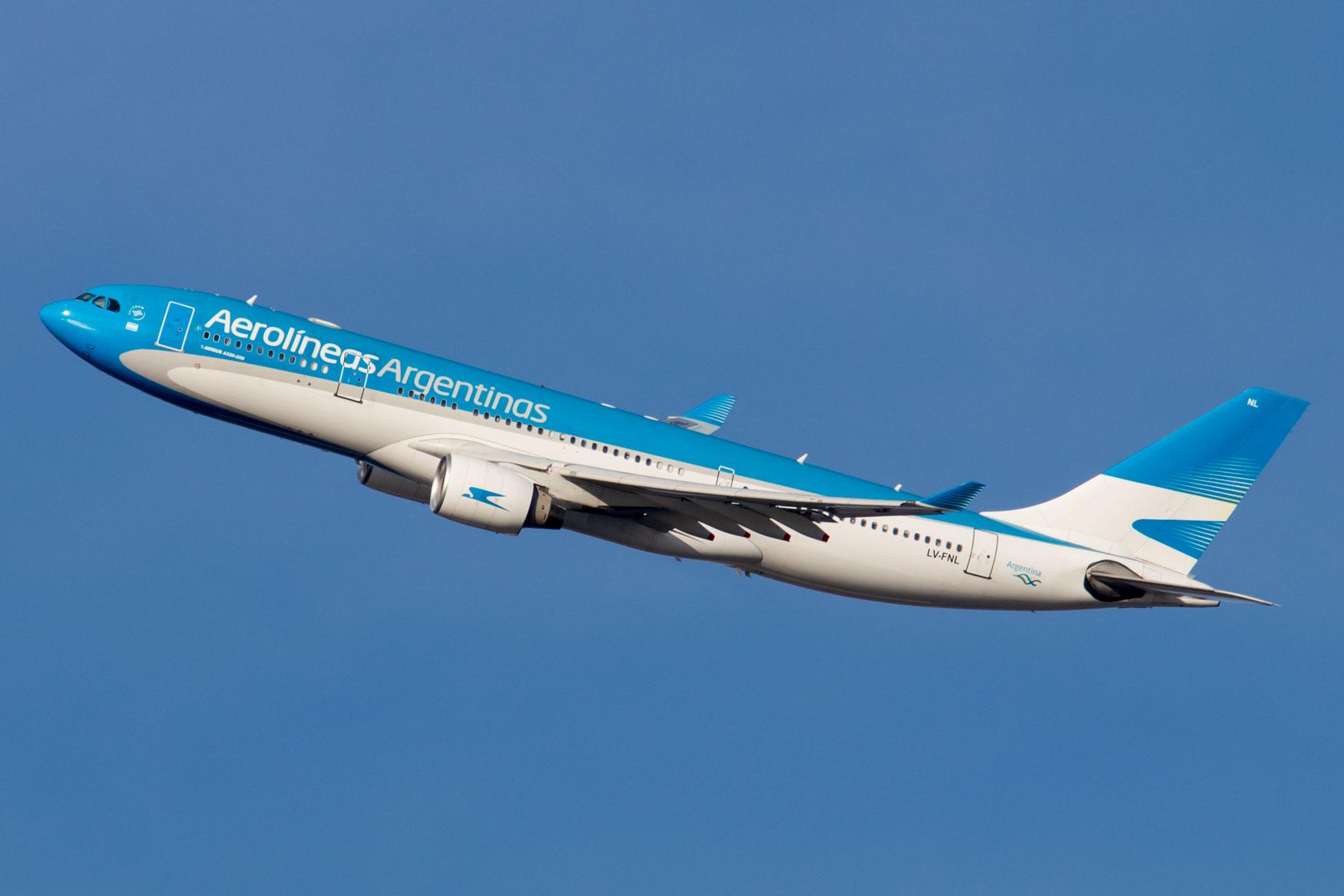 Aerolineas Argentinas A330 Departing JFK