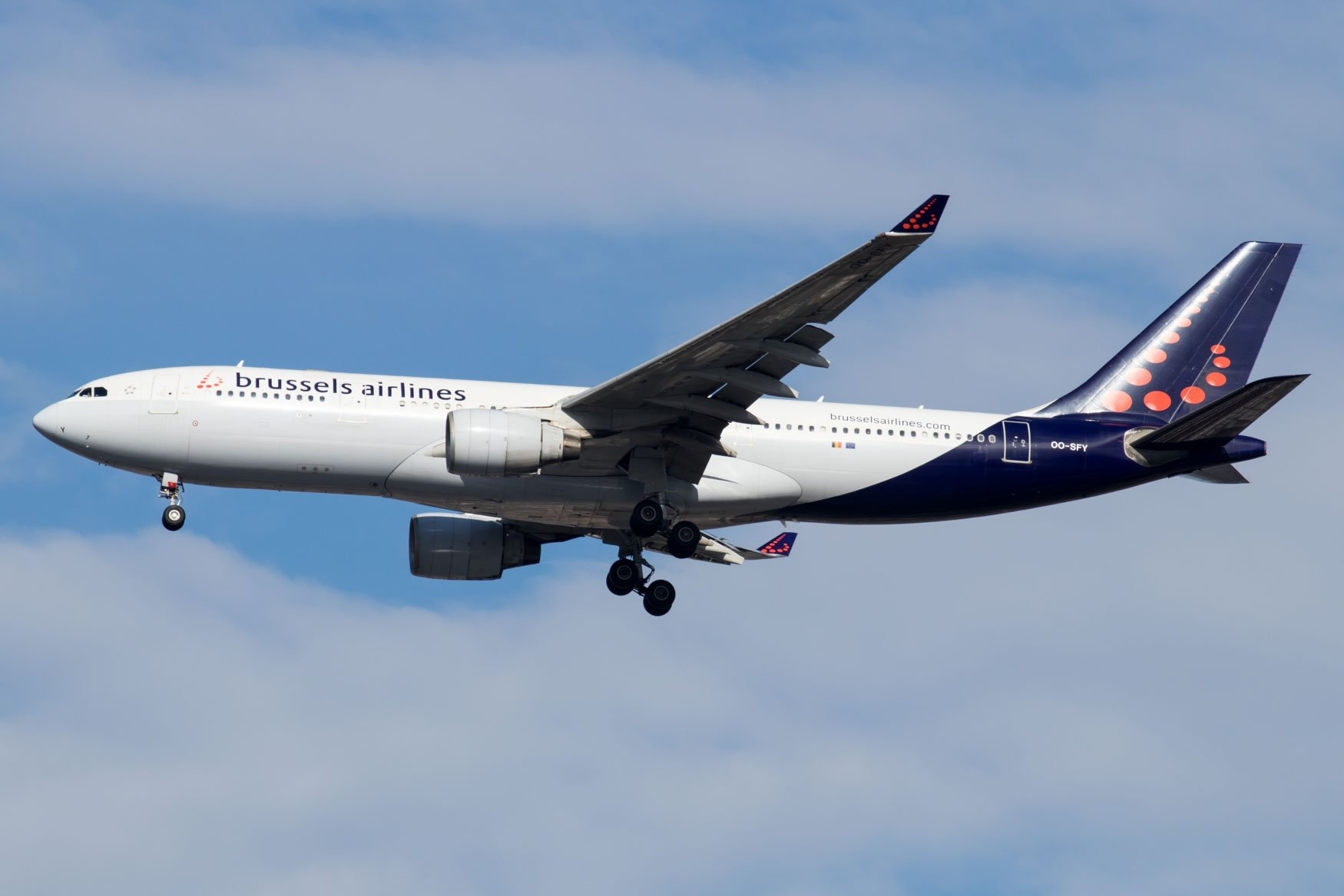 Brussels Airlines A330 Landing at JFK