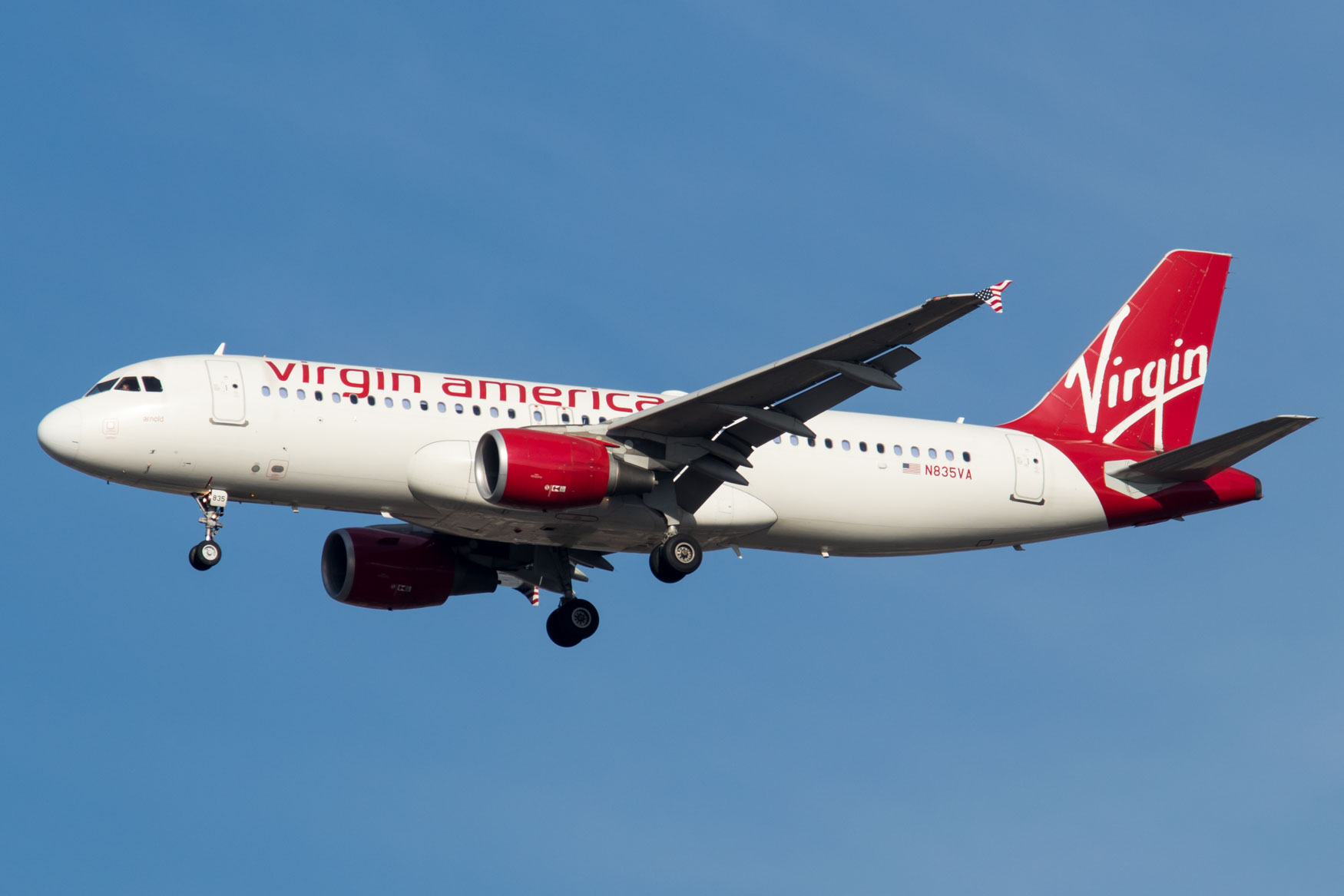 Virgin America Airbus A320 Landing at JFK