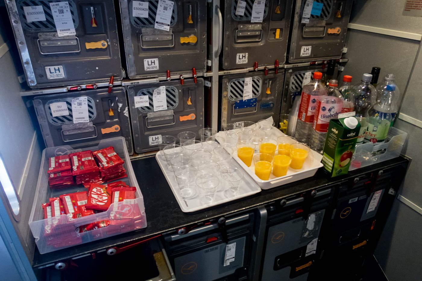 Lufthansa Snack and Drinks
