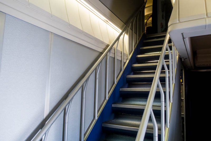 747-400 Staircase