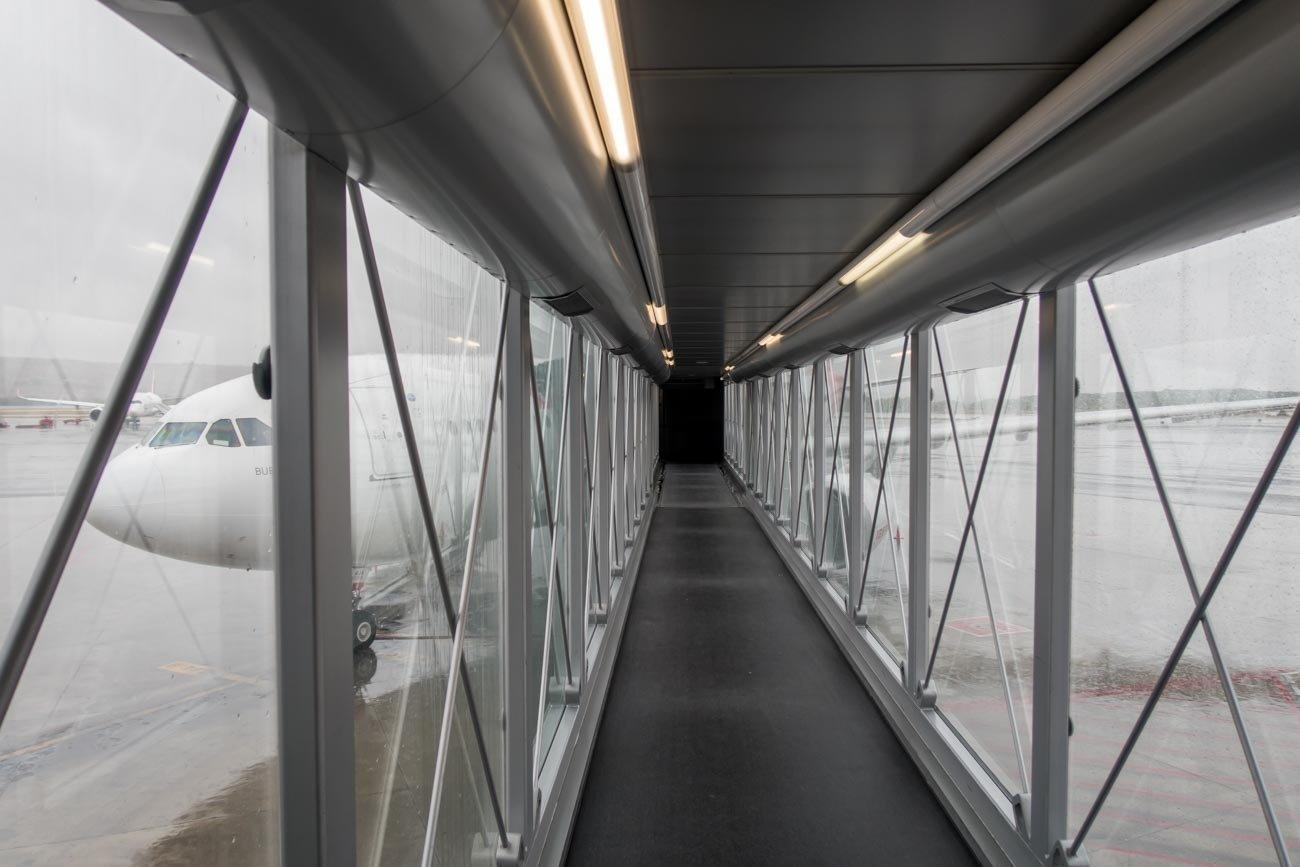 Boarding Flight from Madrid to Tokyo