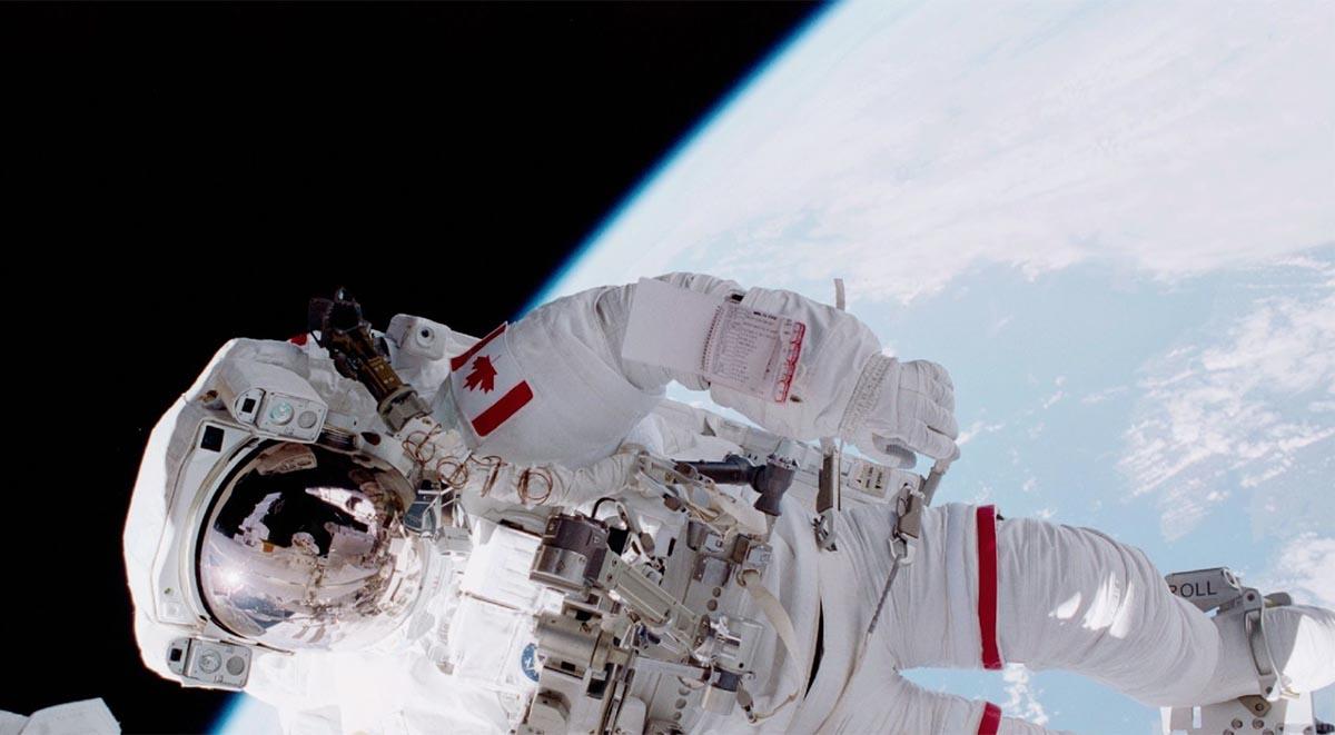 Chris Hadfield Spacewalking
