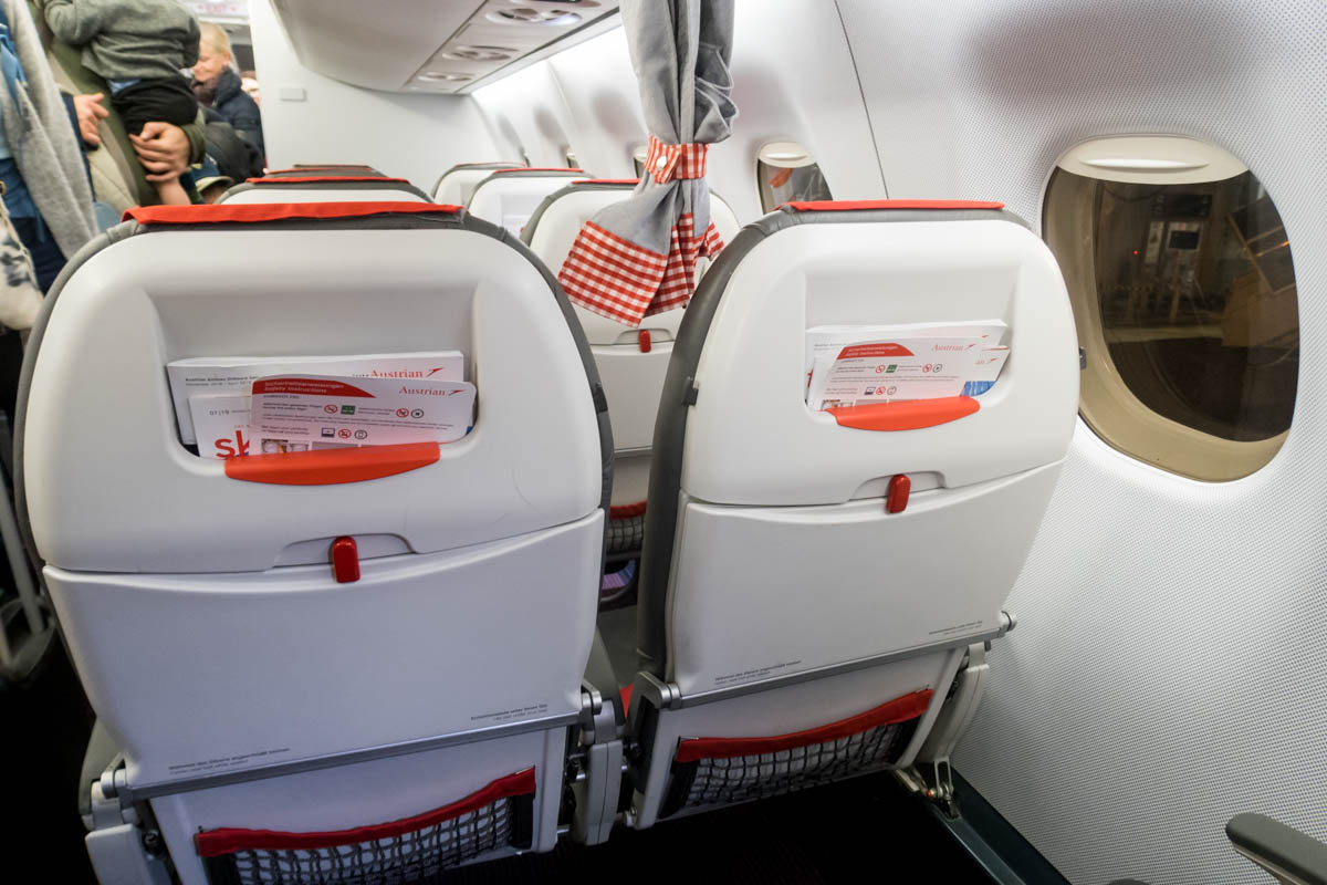 Austrian Airlines EMB-195