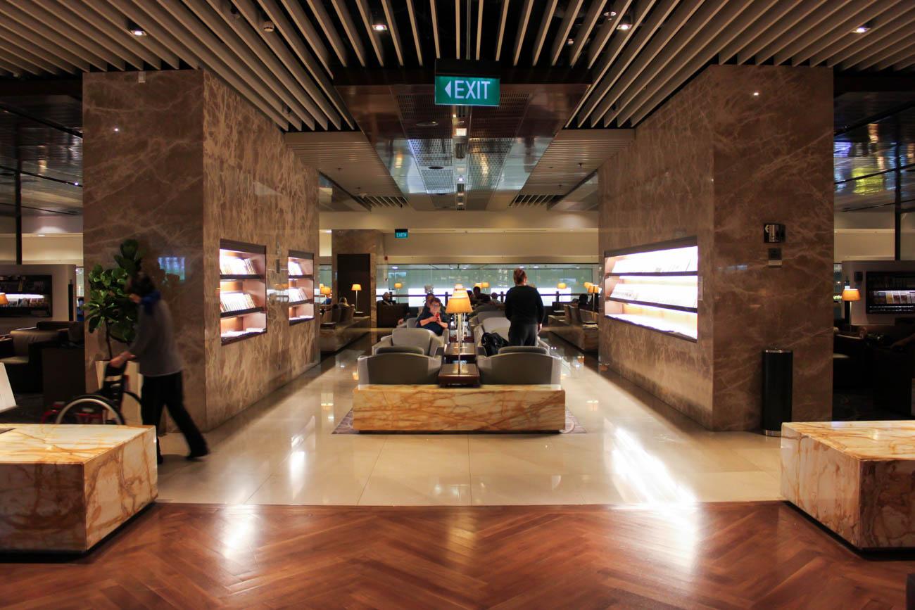 Singapore Airlines SilverKris Business Class Lounge