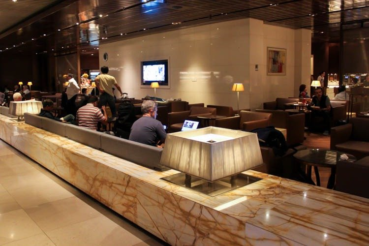 Singapore Airlines SilverKris Business Class Lounge Seating