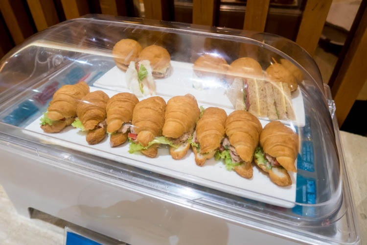Garuda Indonesia Business Class Lounge Bali Sandwiches