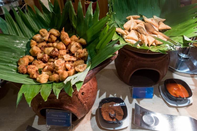 Garuda Indonesia Business Class Lounge Bali Snacks