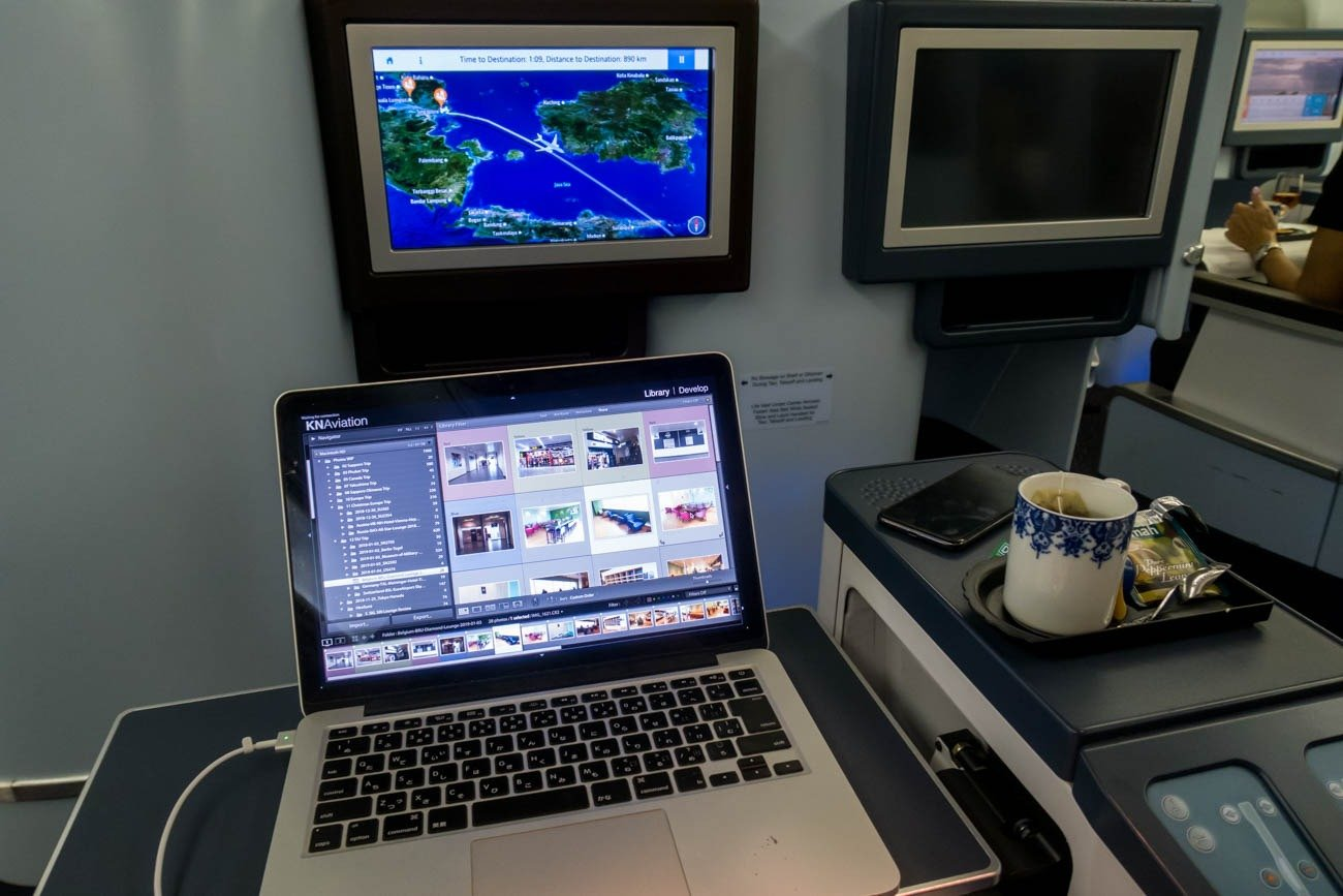 Working Onboard KLM Flight from Singapore to Bali