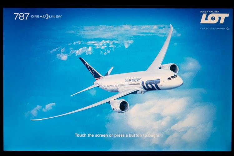 LOT Polish Airlines IFE Welcome Screen