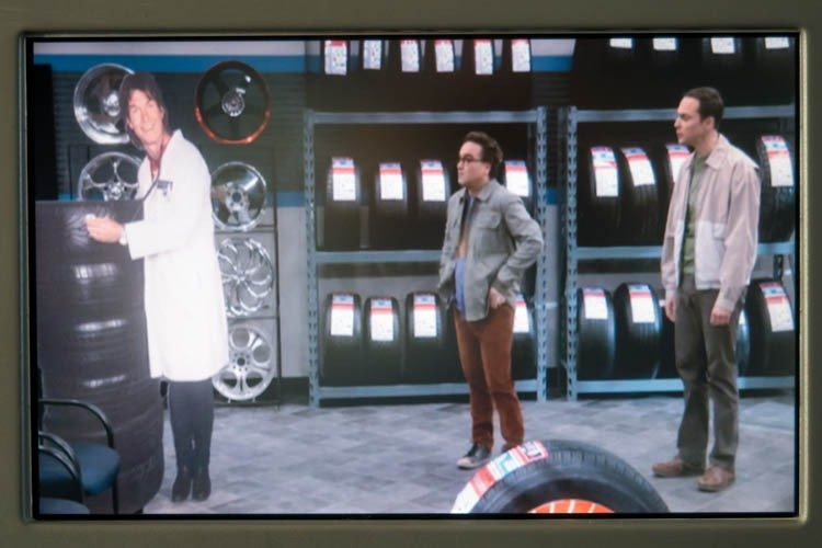 LOT 787-8 In-Flight Entertainment System The Big Bang Theory