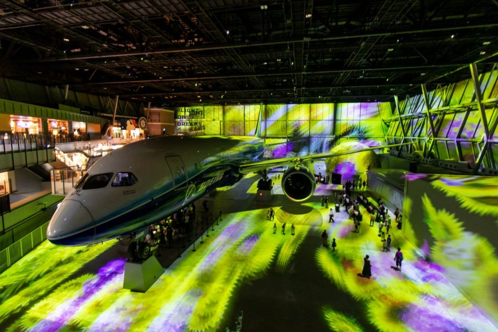 787 Projection Mapping