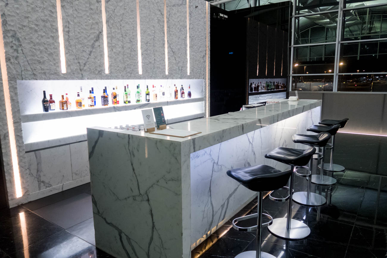 Cathay Pacific The Wing First Lounge Bar