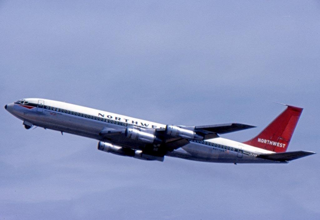 Northwest Airlines Boeing 707