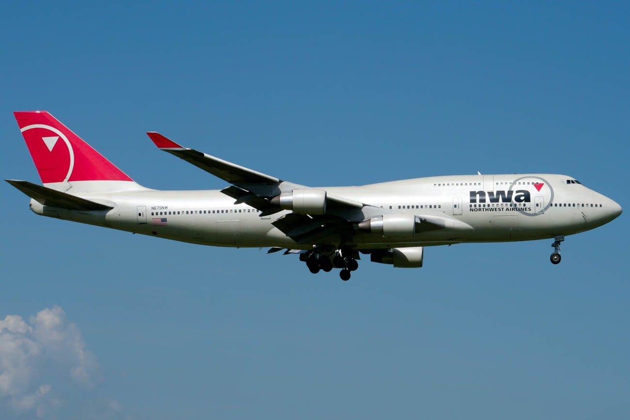 Northwest Airlines 747