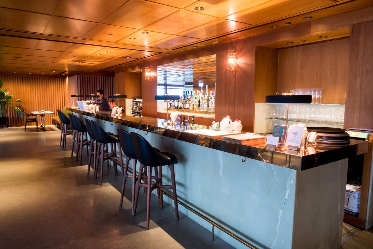 Cathay Pacific The Pier First Lounge Restaurant Bar