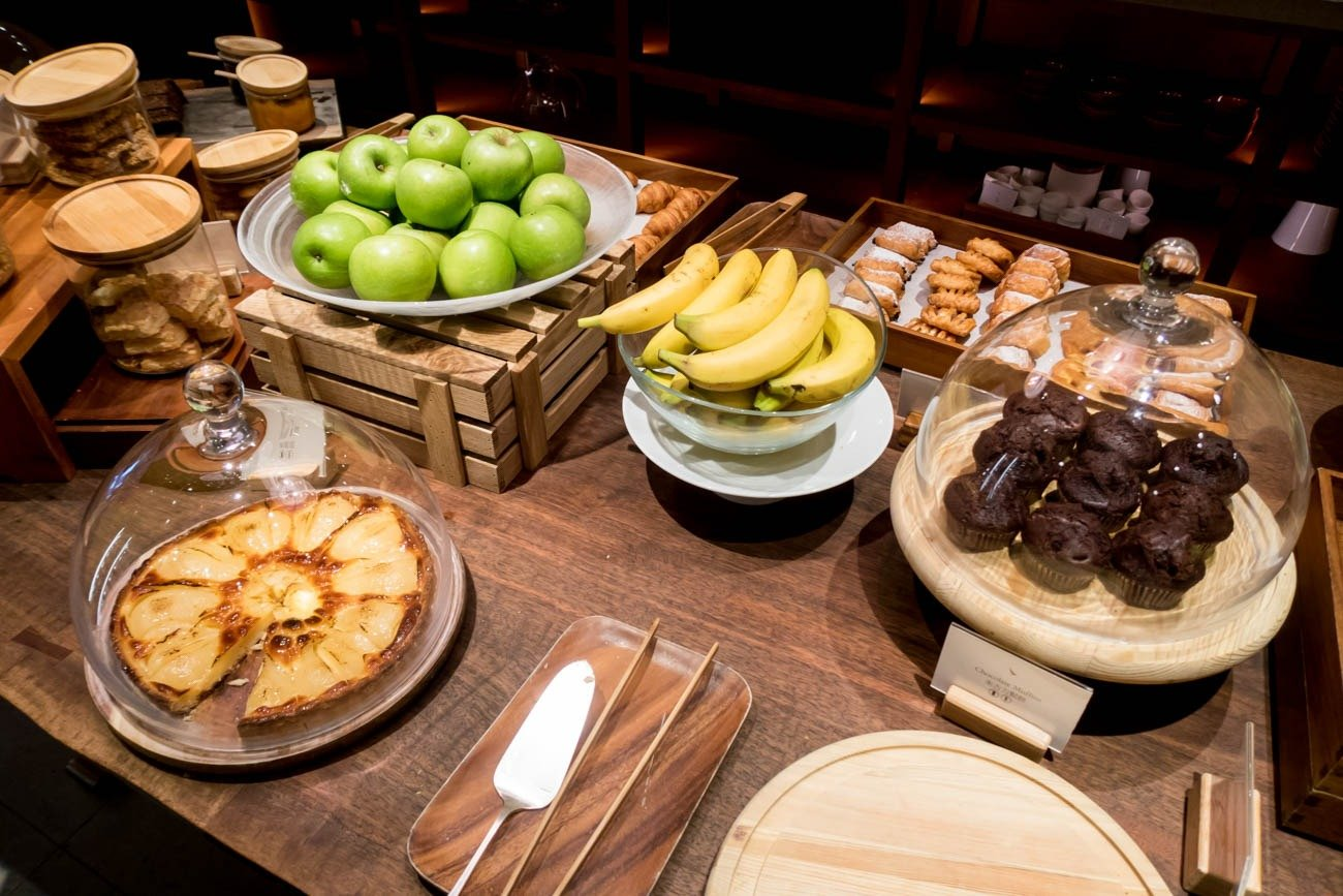 Cathay Pacific The Pier First Lounge Desserts