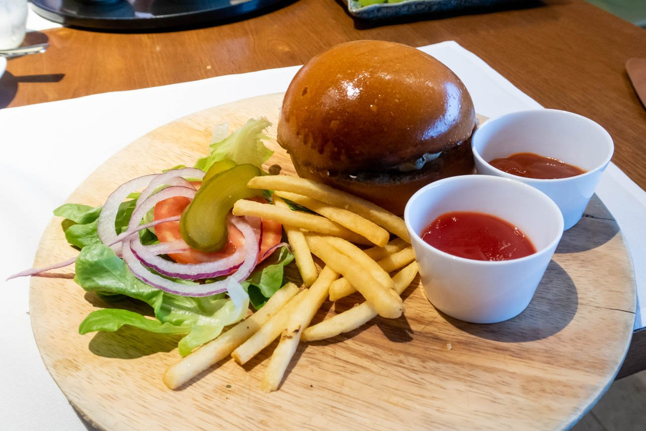 Cathay Pacific The Pier First Lounge Wagyu Burger