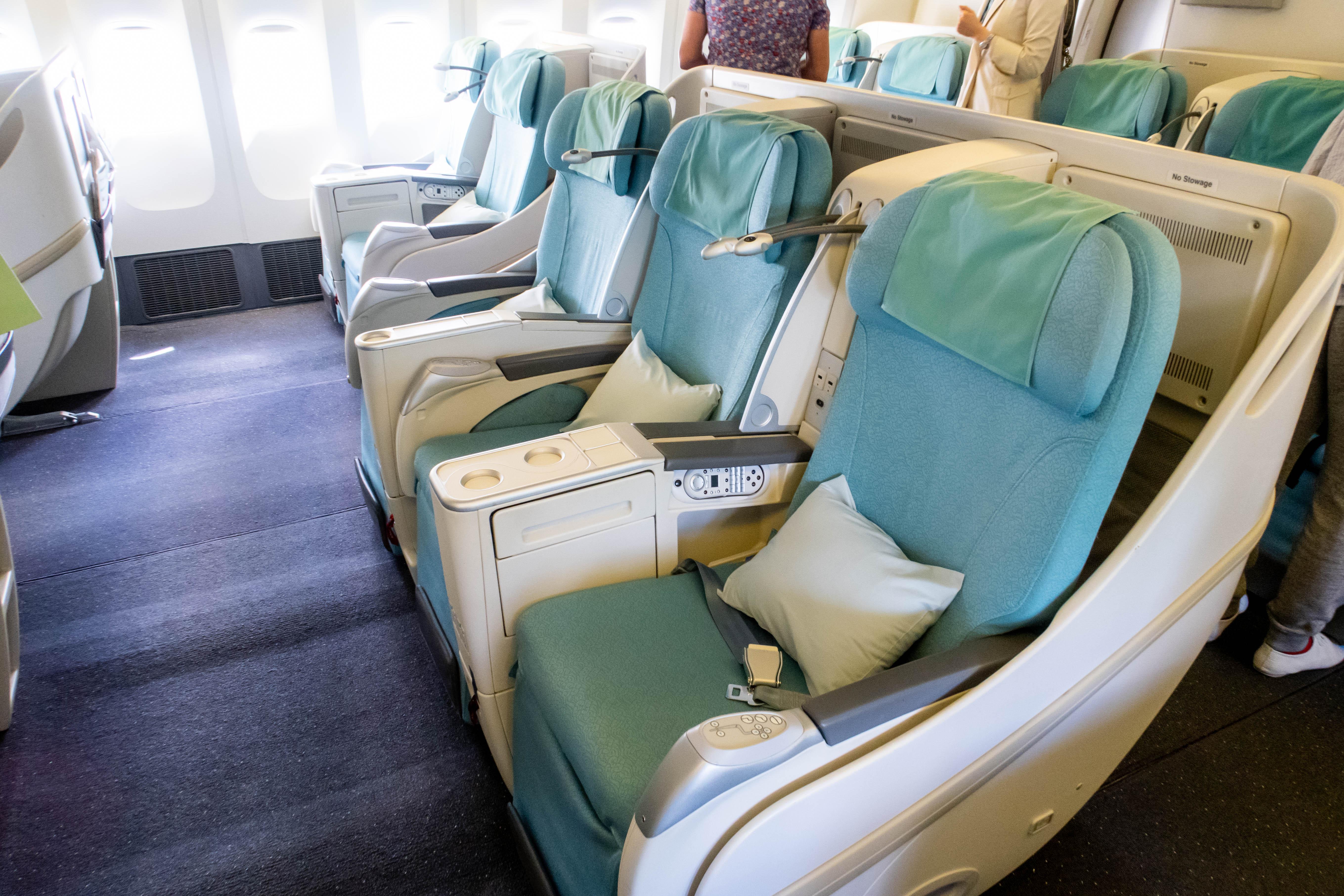 Korean Air Boeing 777-300 Business Class Cabin
