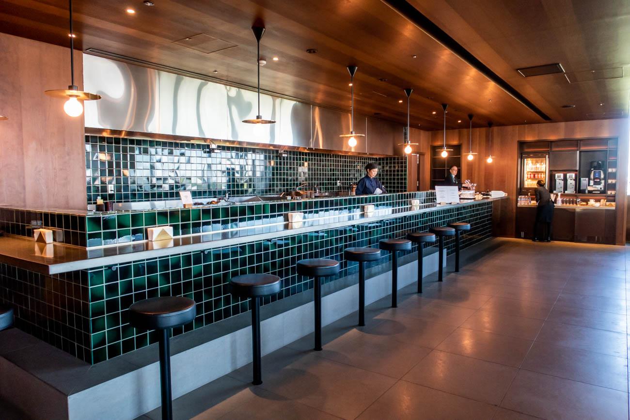 Cathay Pacific Lounge Tokyo Haneda Noodle Bar