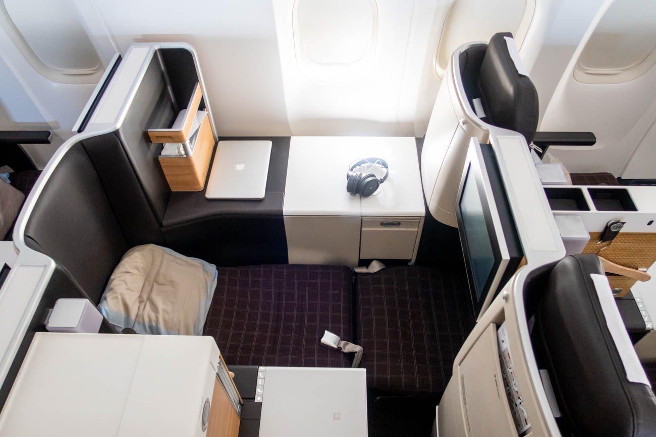 Swiss 777-300ER Seat Lie-Flat Mode