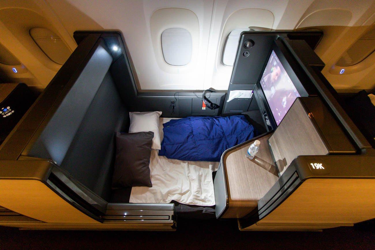 """ANA 777-300ER """"The Room"""" in Full-Flat Position"""